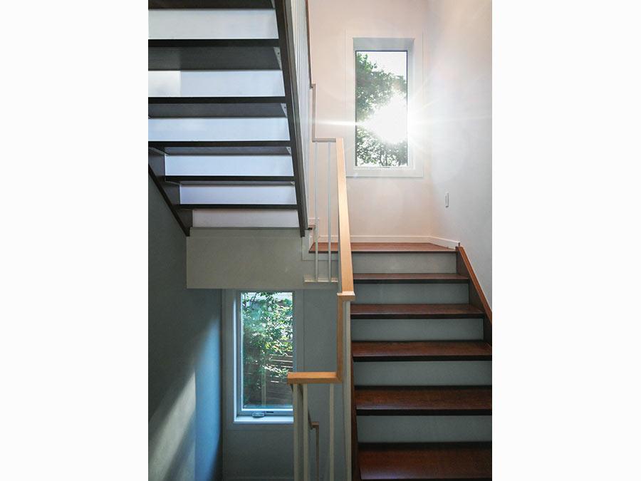 3-stair-NewtonHome