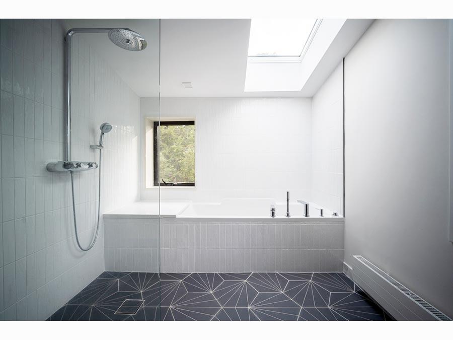 bathroom-NewtonHome2